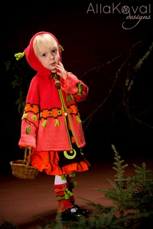 Whimsical Forest Peek-a-boo Coat5