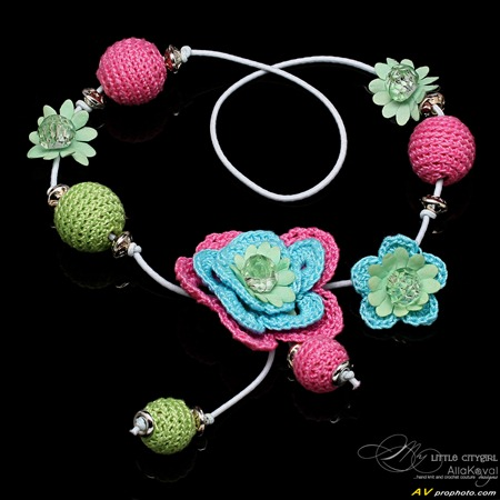 Flower Necklace 4