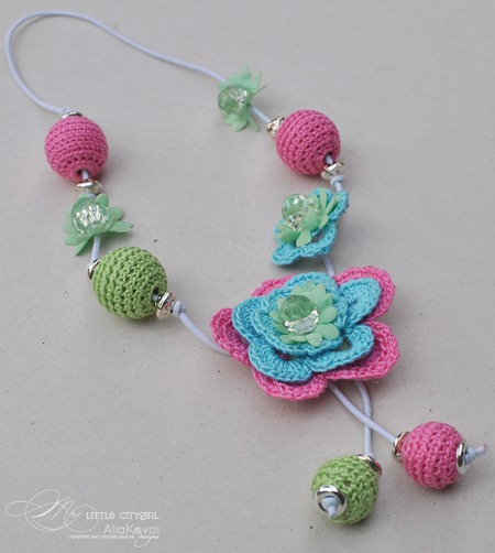 Flower Necklace5