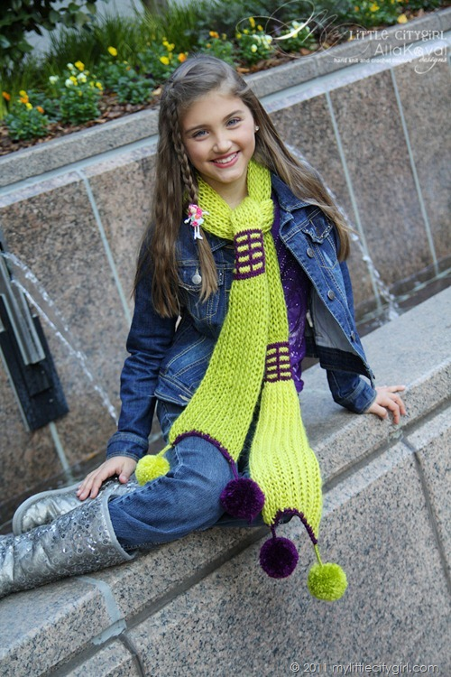 Paint The Town Scarf02