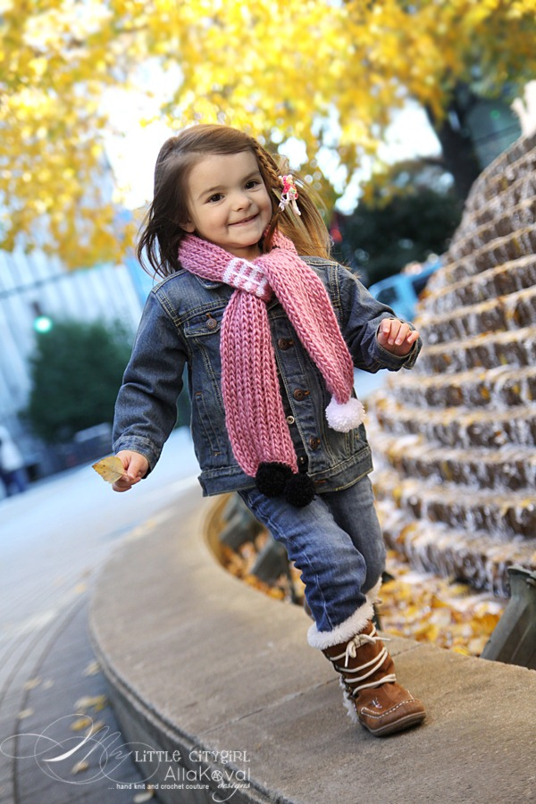 Paint The Town Hand Knitted Scarf Pattern For Kids And Adults My