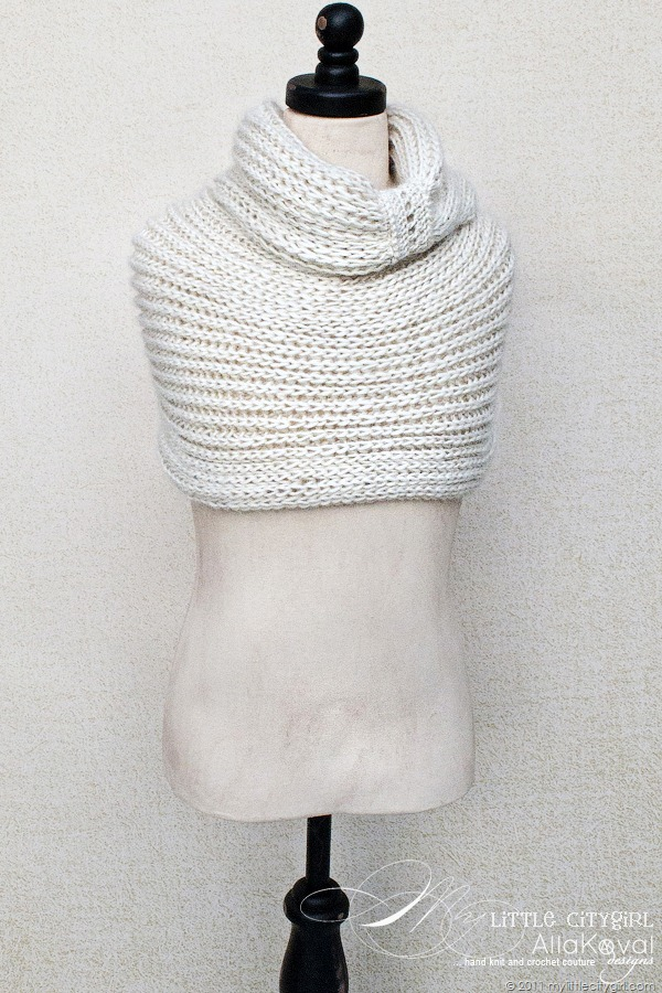 Free Crochet Pattern Childrens Cowl : Meringue Hand Knitted Cowl. Free Pattern for Kids and ...