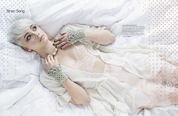 Lace Cuffs 01