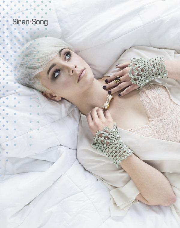 Lace Cuffs 02